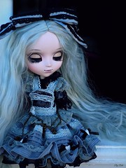 """I can't face the dark"" (Bell) Tags: pullip premium romantic alice monochrome helena rosemberg"