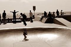 Little skater in Venice Beach (Sofia Paciello) Tags: california venice usa sport america fun losangeles skate venicebeach skater seppia