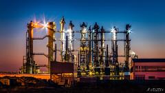 Steinkohlenteer Raffinerie in Castrop-Rauxel (marius_weczera) Tags: 2016 70d blau blauestunde blue canon industrie lzb langzeitbelichtung lichter mariusweczera nacht raffinerie sonnenuntergang