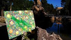 Viva la sidra en la fuente de las ranas de Oviedo (#Jarama) Tags: sidra oviedo asturias parque botella verde cidre cider pomme apple fuente