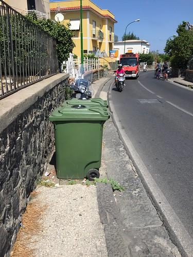 Sidewalk interruption for trash cans @Procida, NA