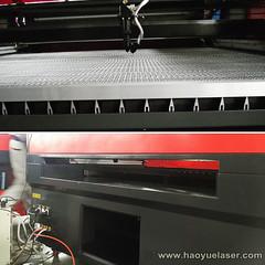 laser machine worktable and front&back door opening for put longer material. (haoyuelaser) Tags: laserengraver cncrouter cortelaser lasercutter lasercutting laserengraved lazermachine laserengravingmachine lasermachine art
