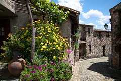 Casal So Simo (JOAO DE BARROS) Tags: casalsosimo village street architecture portugal schist