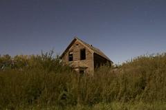 Carstairs house in moonlight (John Andersen (JPAndersen images)) Tags: abandoned alberta aurora calgary carstairs clouds farm moonlight night stars
