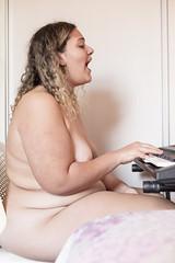 Laura (caio@vinicius) Tags: 50mm 5d 5d3 artistico bae brasil brazil caio caiovinicius canon casa fotografo mark3 mulher naked nu nude pelados photographer poder quintal vinicius belohorizonte minasgerais pride orgulho