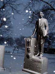 Nemo's beginnings, Boston MA (Boston Runner) Tags: snow storm boston nemo massachusetts esplanade blizzard