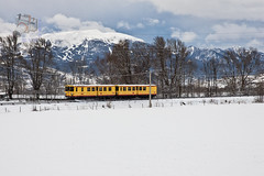 Train Jaune en Enveitg (UT440 131M) Tags: snow france ex train canon tren photography eos photo europa europe mark nieve frana sigma railway zug national ii 1d midi francia roussillon serie languedoc trainspotting spotting ferr dg canario pyrnes sncf pirineos canari ferrocarril aleix trainspotter alco 247028 carril unidades spotter z100 defer corts ffcc tercer rff trainjaune societ enveitg delafrance canonistas trengroc centenarias resau ferrocat deschemins oryentales