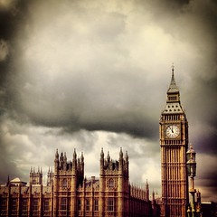 One Life (pierfrancescacasadio) Tags: london westminster clouds bigben londra uploaded:by=flickrmobile flickriosapp:filter=nofilter