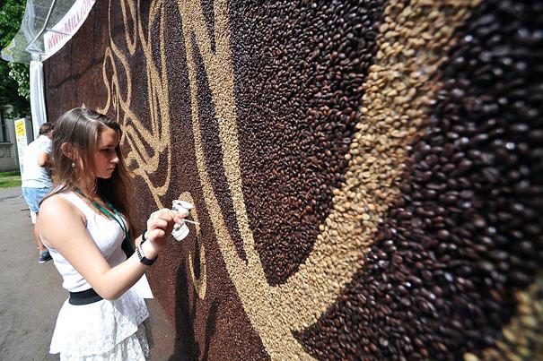 coffee-bean-mural-arkady-kim-9