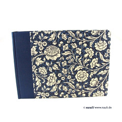 nauli-photoalbumPhoto Album Renaissance Flower blue (nauli.nauli) Tags: flowers floral handmade photobook blumen bookbinding photoalbum weddingalbum handgemacht fotoalbum madeingermany nauli reanissance handgebunden geblmt hochzeitsalbum handmadeingermany