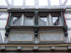 Limburg - Fachwerk 2a/2 (AnnAbulf) Tags: casa hessen fenster haus case finestra schrift limburg fachwerk huser scritta assia spruch graticcio limburganderlahn