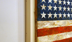 Jasper Johns, Flag, oblique view