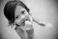 C090 Cambodian little girl - Siem Reap (VesperTokyo) Tags: portrait girl blackwhite asia cambodia child littlegirl siemreap angkor