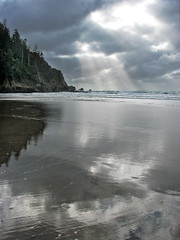 Where Are You Taking Me (skipmoore) Tags: reflection oregon coast waves pacificocean rays shortsands neahkahniebeach