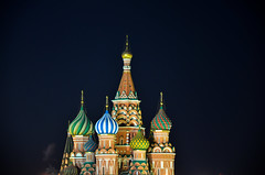 Saint Basil's Cathedral by night (fede_gen88) Tags: church night nikon colorful europe colours darkness cathedral russia moscow onion colourful redsquare domes orthodox  saintbasils  xvicentury  pokrovskycathedral d5100  cathedraloftheprotectionofmostholytheotokosonthemoat cathedralofstvasilytheblessed