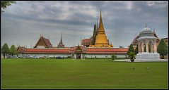 The Grand Palace Bangkok (Uccio81) Tags: by thailand dc raw with bangkok sony sigma grand palace single ob 18200 hdr pp corel x5 the fotocamera 3563 uccio81 photographyforrecreation dslra580