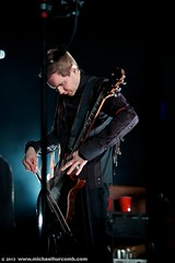 Jon Thor Birgisson of Sigur Ros performs in Toronto (michaelhurcomb.com) Tags: toronto iceland concert guitar arena singer ambient sigurros guitarplayer leadsinger icelandic postrock aircanadacentre stagelighting dreampop violinbow sigurros jonorbirgisson bowedguitar jonthorbirgisson