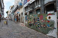 """Salvador Streets • <a style=""""font-size:0.8em;"""" href=""""http://www.flickr.com/photos/94329335@N00/8620484880/"""" target=""""_blank"""">View on Flickr</a>"""