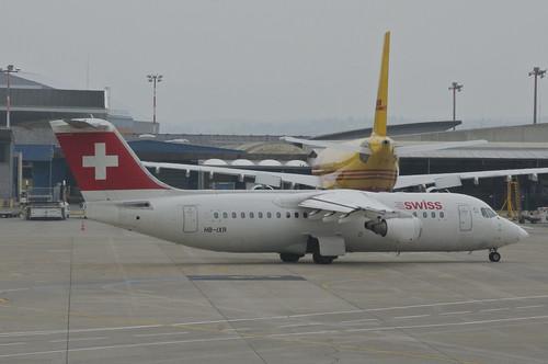 Swiss Avro RJ 100; HB-IXR@BSL;03.04.2013/699ag