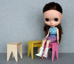 playscale stools
