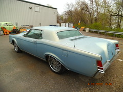 "1969 Lincoln Mark III • <a style=""font-size:0.8em;"" href=""http://www.flickr.com/photos/85572005@N00/8681212386/"" target=""_blank"">View on Flickr</a>"