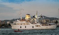 Christina O. (ibzsierra) Tags: christinao ibiza eivissa baleares canon 7d puerto port hoarbor barco yate ship vessel bateau atardecer 2 maniobra de atraque por poap yacht