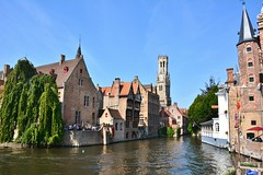 Bruges: Dijver (zug55) Tags: brugge bruges brgge flanders flandern belgium belgique belgien belgi rozenhoedkaai dijver flandres unescoworldheritagesite worldheritagesite unesco welterbe werelderfgoed belfort belfry vlaanderen westflanders westvlaanderen canal