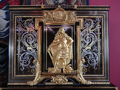 Detail of an ornate cabinet - Paris 1690-1710 (Monceau) Tags: musedulouvre louvre ornate cabinet detail man gold paris 18thcentury