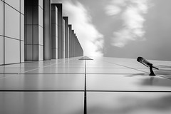 Total Surveillance mono (frank_w_aus_l) Tags: frankfurt main surveillance camera lookingup longexposure monochrome nikon df 1635 architecture light noiretblanc sw bw frankfurtammain hessen deutschland de mainhattan