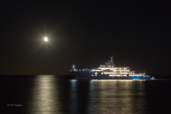 Outside Port Vauban, Antibes (Giacomo Pagani) Tags: giacomopagani 2016 sony alpha 6000 a6000 provence cte dazur yacht boat