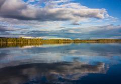 IMG_1509-1 (Andre56154) Tags: schweden sweden sverige see lake wasser water ufer wolke cloud himmel sky dmmerung dawn evening abend sonne sun wald forest spiegelung sonnenuntergang sunset reflection