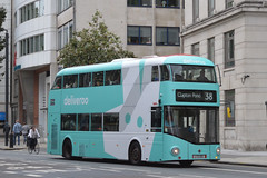 Arriva London North LT212 in overall wrap for Deliveroo (SW11simon) Tags: lt212 ltz1212 lt newroutemaster wrightbus arrivalondon arriva arrivalondonnorth advertising alloveradvertisingbus deliveroo bus londonbus londontransport londonbuses publictransport transport tfl transportforlondon