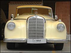 Mercedes 1952 (ninin 50) Tags: mercedes 1952 bangkok thailand trip ninin
