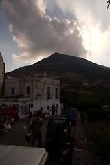 Avant l'ascension (pmbguru) Tags: stromboli volcan volcano ruption lave lava sicile