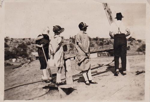 girls fashion snapshot australia photograph bonnets harringtons clochehats