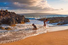 Maui Locals in the Surf (mojo2u) Tags: ocean beach hawaii secretbeach maui makena nikon2470mm nikond700