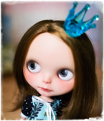 Blythe a Day February 28th ~ Queen (jenniferabe) Tags: queen blythe piper custom ebl 2828 wingsinflight whitepolka blytheadayfebruary2013