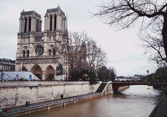 Notre Dame by the Seine (hazelnutsyrup) Tags: city travel winter inspiration paris france seine architecture river photography scenery pretty notredame notredamecathedral riverseine seineriver travelphotography hazelannongphotography