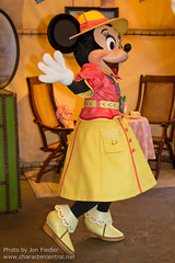 TDR Oct 2012 - Meeting Mickey and Minnie
