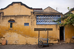 Architecture of Hoi An, Vietnam (ChrisGoldNY) Tags: travel colors yellow architecture canon poster asian colorful asia southeastasia vietnamese colours forsale unescoworldheritagesite worldheritagesite vietnam viet viajes posters albumcover walls bookcover colourful bookcovers albumcovers indochina vn gridskipper hian jaunted quangnam faifo haipho uneseco southcentralcoast quangnamprovince lmpph chrisgoldny chrisgoldberg chrisgoldphoto chrisgoldphotos