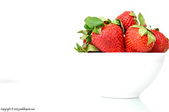 77/365: 03/18/2013. High key strawberries! (peddhapati) Tags: stilllife classic interesting strawberries highkey mostviewed whitebowl nikkor50mm simpleyetelegant stilllifephotography nikond90 day77365 3652013 2013yip 365the2013edition bhaskarpeddhapati 03182013 strawberriesonwhitebackground strawberriesinablow