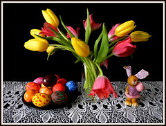 Happy Easter ! Frohe Ostern !Feliz Pascua !Feliz Pascoa !Felice Pasqua !Vaistinu Voskrese ! (Colliefan) Tags: camera pink flowers stilllife color love church floral colors germany easter fun happy deutschland photo spring nikon holidays colorful flickr photographie christ tulips frankfurt jesus joy decoration blumen pascua christian blooms feliz tradition ostern multicolored colori felice easterbunny farben frhling tulpen pasqua pascoa eastereggs frohe osterhase tulipani ostereier joyeusespaques colliefan