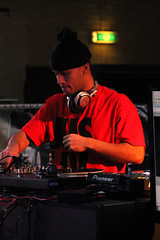 DJ Lean Rock (FraJH Photos) Tags: netherlands rock dance dj break battle eindhoven event breakdance bboy lean 2013 2on2 dutchbboy breakjunkies