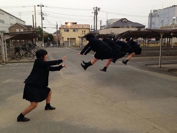 makankosappo-japanese-schoolgirls-dbz-energy-attacks-8