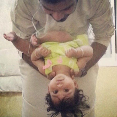 Baby and Beast #dubai #uae #day #daytime #instafun #instadubai #picoftheday #pictureoftheday #local #nark00sh #shorthair #sun #arab #fan #sexy #weekend #saturday #friends #mood #Baby #Girl #BabyGirl #niece #UpSideDown #Hanged