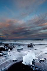 Iceland 2013 (april) (Arnold van Wijk) Tags: sea beach strand landscape geotagged island iceland zee icecube jokulsarlon isl austurland ijsland ijsblok klfafellsstaur geo:lat=6403934500 geo:lon=1618561000
