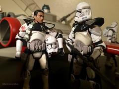 Corsuscant clone commanders debrief (Macroworlder) Tags: starwars hasbro disney clonewars clones clone trooper republic arc170 starfighter pilot arc coruscant commander
