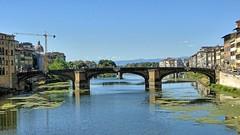 Florencja-Arno z Ponte Vecchio (marek&anna) Tags: włochy italy toskania toscana tuscany florencja florence firenze arno river town building architecture bridge
