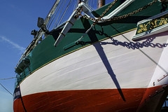 Graceful Lines (Tim Pohlhaus) Tags: lady maryland chesapeake bay pungy schooner baltimore inner harbor frederick douglassisaac myers maritime park fells point