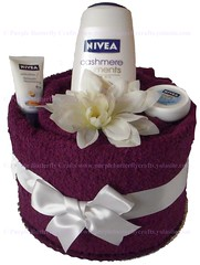 Purple Pamper Cake with Bath Sheet